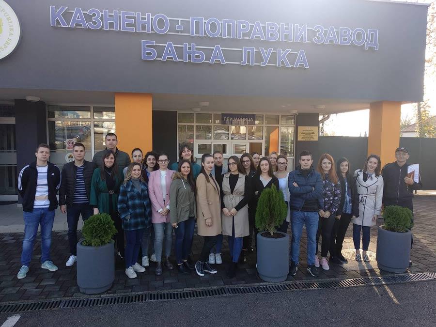 Студенти Правног факултетa посјетили Казнено-поправни завод Бања Лука